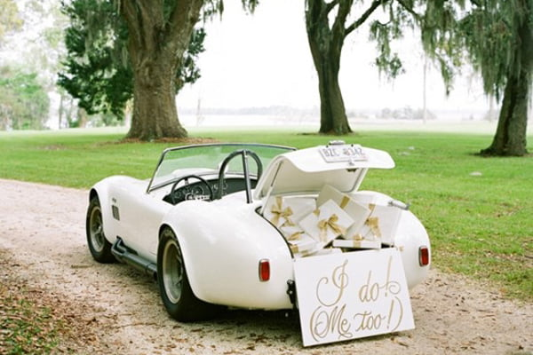 vintage-wedding-car-profile.jpg